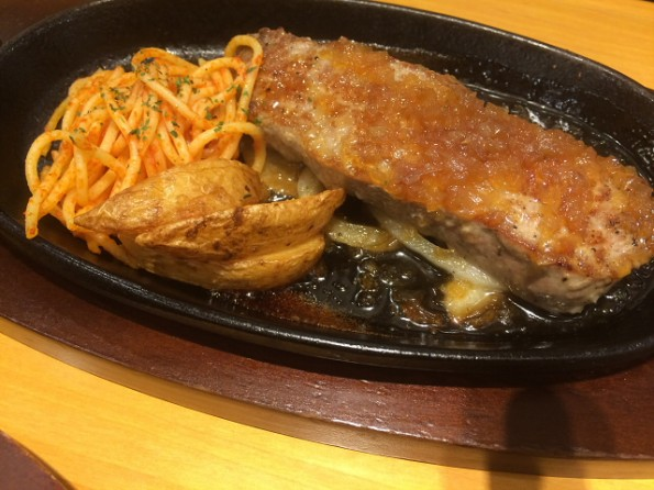 息子はステーキを注文、1g=10円!