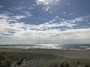渚の交流館東側から見た海の風景