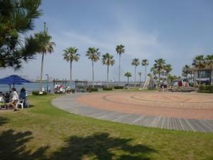 素晴らしいロケーションと初夏の陽気の海湖館